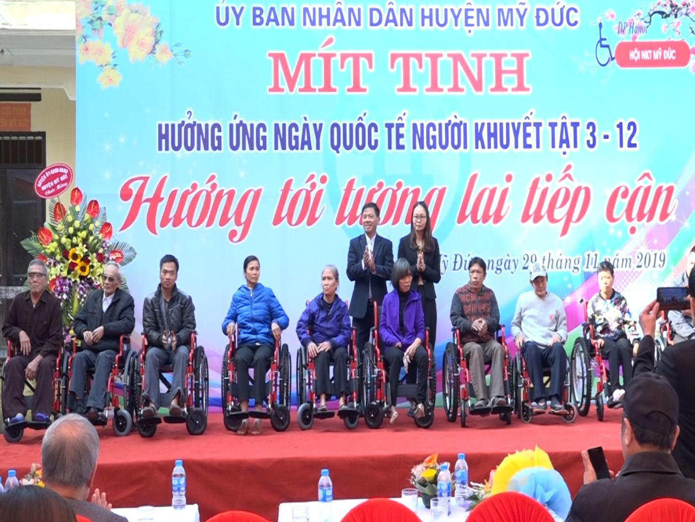 Mít tinh giao lưu hưởng ứng ngày Quốc tế người khuyết tật